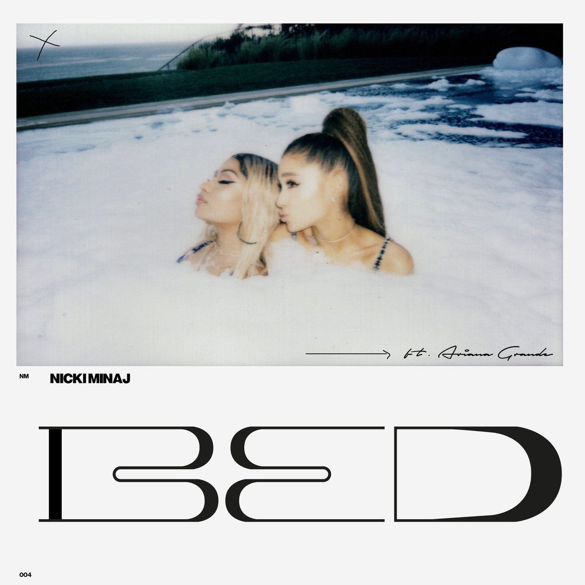 NickiMinaj_ArianaGrande_Bed-Queen-VibesOfSilence